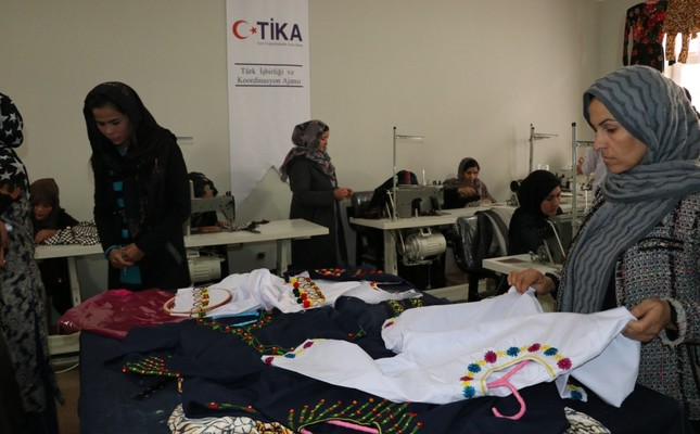 Women work at a textile workshop furnished by TİKA in Baghlan, Afghanistan.