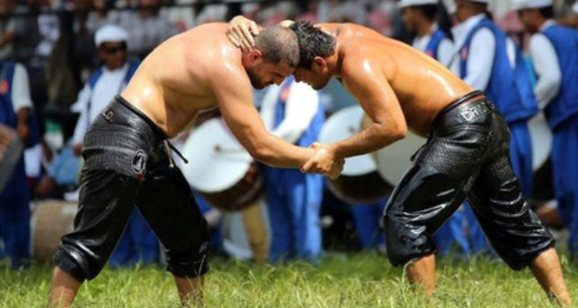 Slippery wrestlers gear up for top tourist attraction at Kırkpınar