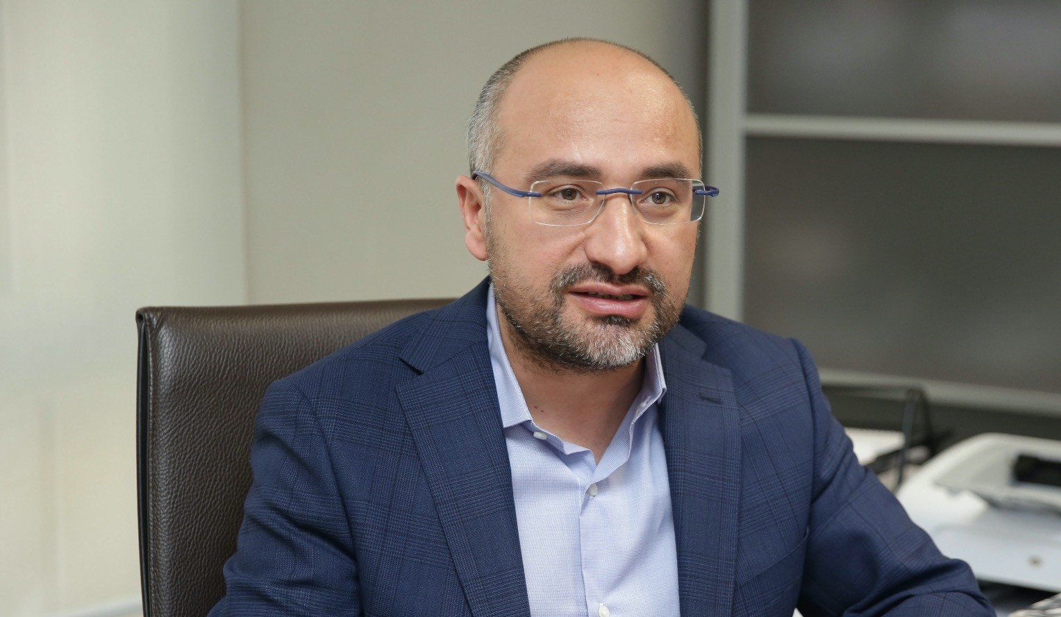Nebi Miu015f said he believes that if the MHP-AK Party alliance is explained clearly and well enough, the Kurdish vote would not decline as argued by many.