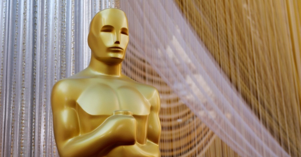 An Oscar statue stands along the red carpet arrivals area in preparation for the 92nd Academy Awards in Los Angeles, California, U.S., February 8, 2020.  (Reuters Photo)