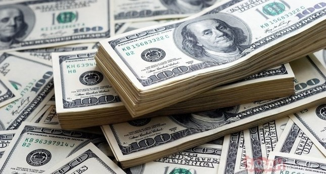 External loan burden on private sector falls