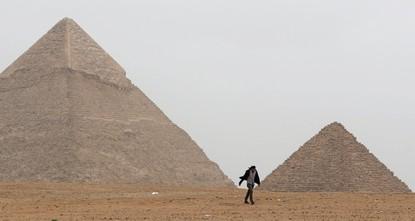 Giza Pyramids turned into marathon track