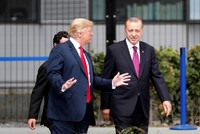 Erdoğan arrives to NATO summit in Brussels, seen chatting with Trump