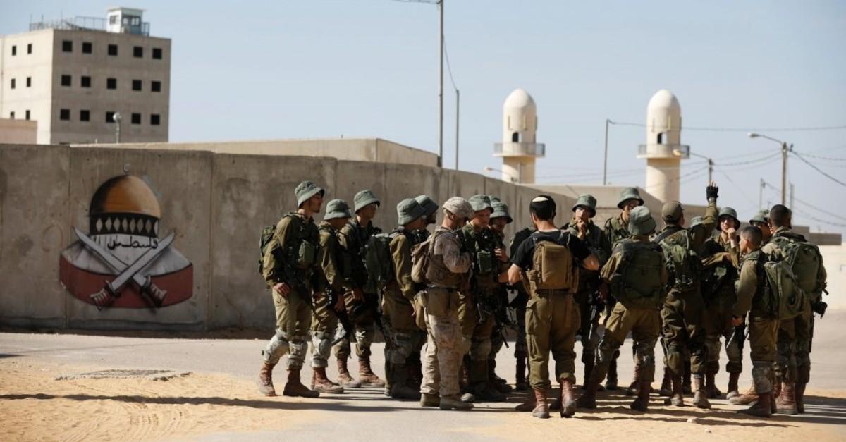 U.S. Marines and Israeli soldiers participate in Juniper Cobra, a U.S.u2013Israeli joint defense exercise in a mock Arab village, in Zeelim, southern Israel (Reuters File Photo)