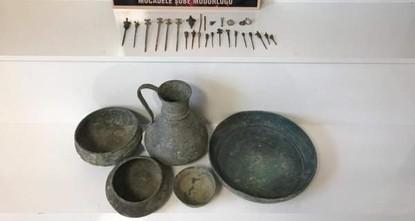 Police seize Byzantium-era artifacts in central Turkey