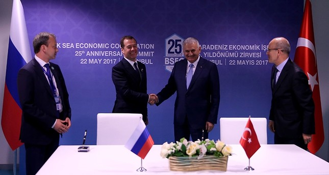 Turkey-Russia sign declaration to remove restrictions