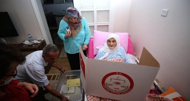 لأول مرة بتركيا.. تطبيق نظام الصناديق الانتخابية الجوالة لذوي الاحتياجات الخاصة
