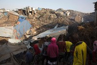Residents of the Ethiopian garbage dump which saw a fatal landslide late Sunday predicted that the death toll from the accident will eventually rise to over 200.