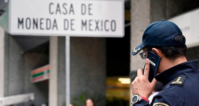 Raccogliere check-out elegante e grazioso Real-life La Casa de Papel? Robbers steal $2.5 million in ...