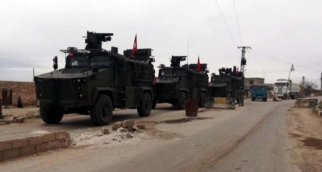 قوات تركية وروسية تسير أول دورية منسقة ومستقلة في تل رفعت السورية