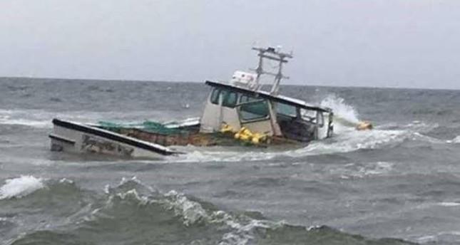 غرق قارب صيد تركي إثر اصطدامه بناقلة روسية في البحر الأسود
