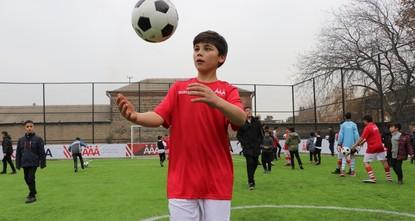 تيكا التركية تفتتح ملعب كرة قدم للأطفال في جورجيا