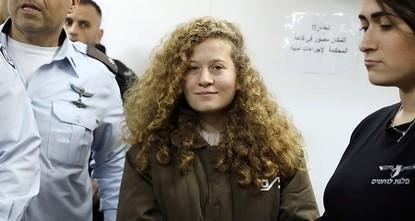pDie 17-jährige Palästinenserin Ahed Tamimi hat von der israelischen Staatsanwaltschaft eine Gefängnisstrafe von acht Monaten verhängt bekommen. Das israelische Militärgericht, vor dem der Prozess...