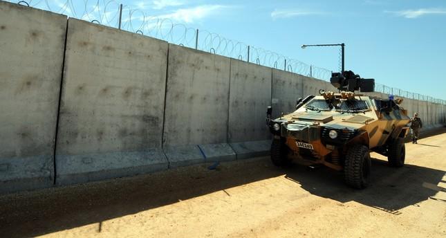 اكتمال بناء 781 كيلومتراً من الجدار الأمني التركي على الحدود مع سوريا