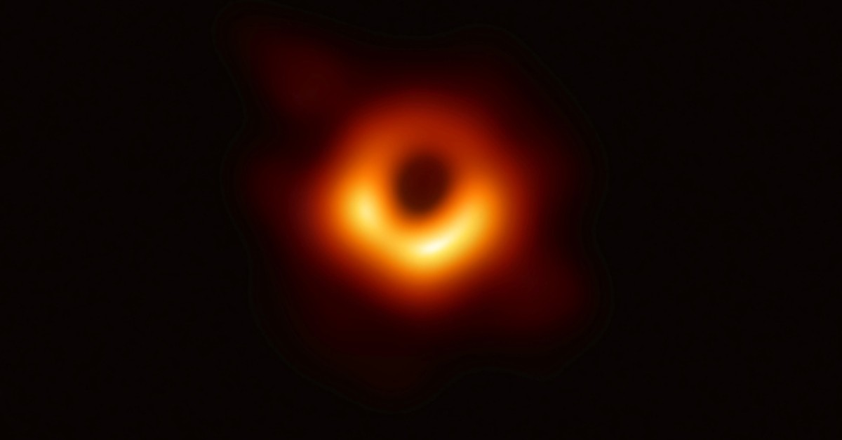 The first ever photo a black hole, taken using a global network of telescopes, conducted by the Event Horizon Telescope (EHT) project, is shown in this handout photo released April 10, 2019. (REUTERS Photo)