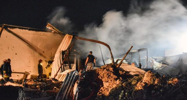 من آثار القصف الاسرائيلي على اللاذقية منذ يومين الفرنسية