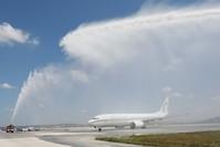 أول طائرة للخطوط المغربية تحط في مطار صبيحة التركي وسط احتفالات رسمية