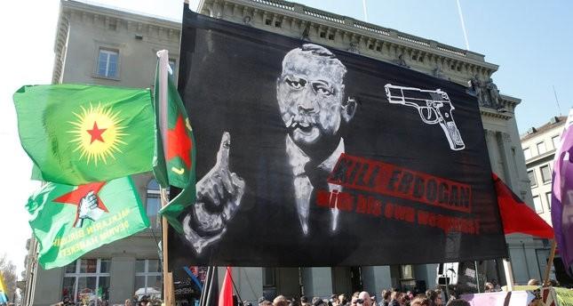 أنصار بي كا كا الإرهابي يدعون إلى قتل أردوغان من أمام البرلمان السويسري