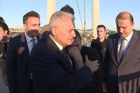 PM Yıldırım saves man from jumping off Bosporus bridge