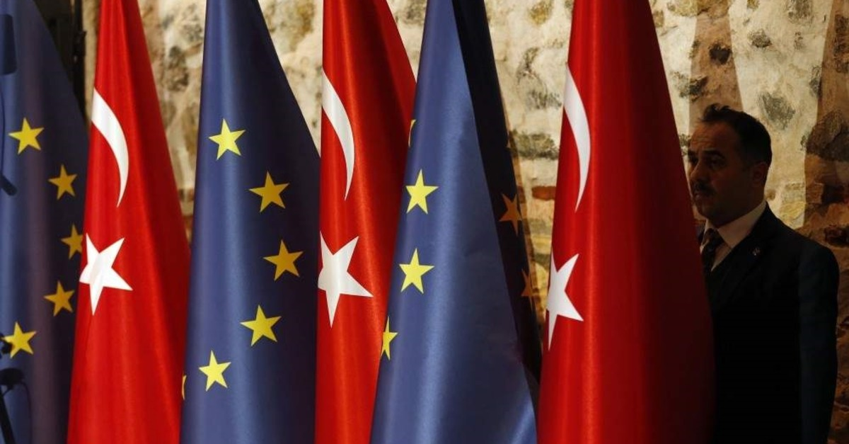 The protracted negotiations for the modernization of the 24-year-old Turkey-European Union customs union are expected to enter a new round on Dec. 19.