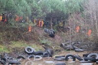 Abandoned tires found in Istanbul pond to be recycled
