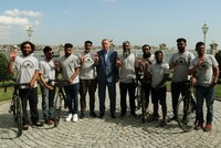 8 British Muslims cycling to Medina stop in Istanbul