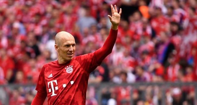 Bayern's Arjen Robben reacts before the German Bundesliga soccer match between FC Bayern Munich and Eintracht Frankfurt in Munich, Germany, May 18, 2019. EPA Photo