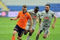 Galatasaray edges closer to top as Başakşehir stumbles