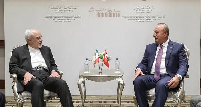 جاوش أوغلو يلتقي نظيره الإيراني على هامش اجتماع وزراء خارجية التعاون الإسلامي في إسطنبول