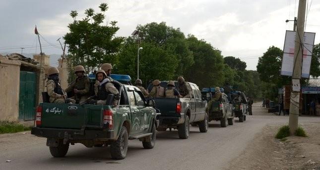 مقتل أكثر من 50 جنديا أفغانياً في هجوم على قاعدتهم
