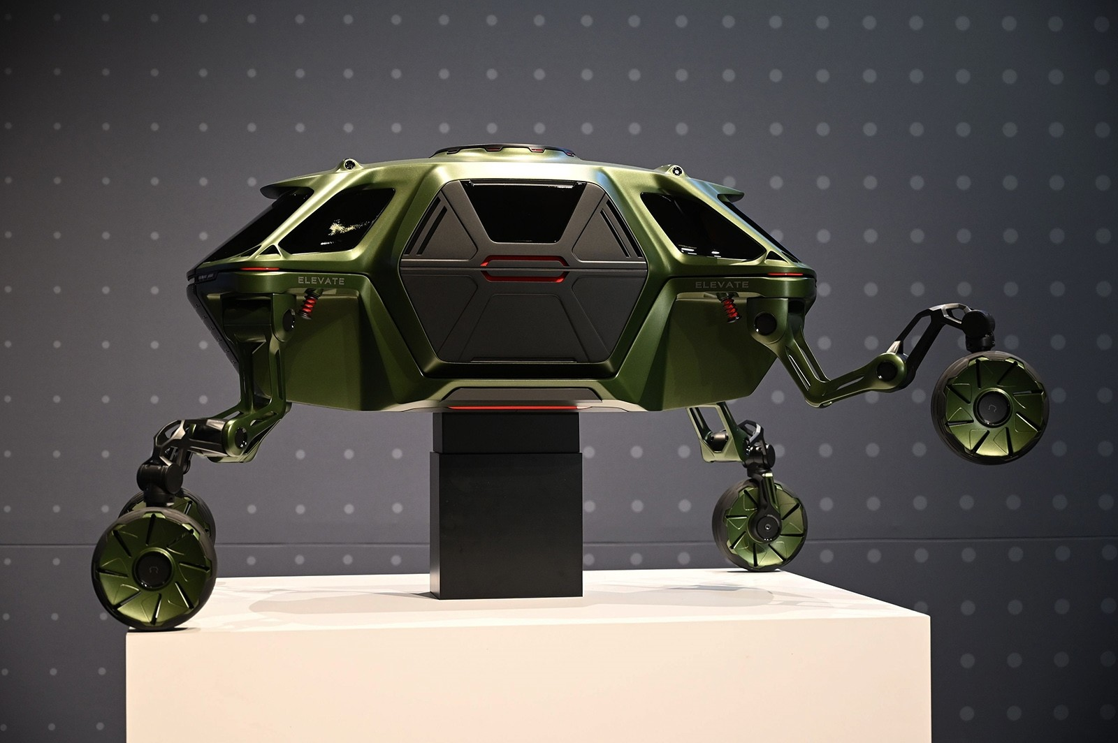 Pet robots, VR, walking cars: CES 2019 wraps up in Las Vegas