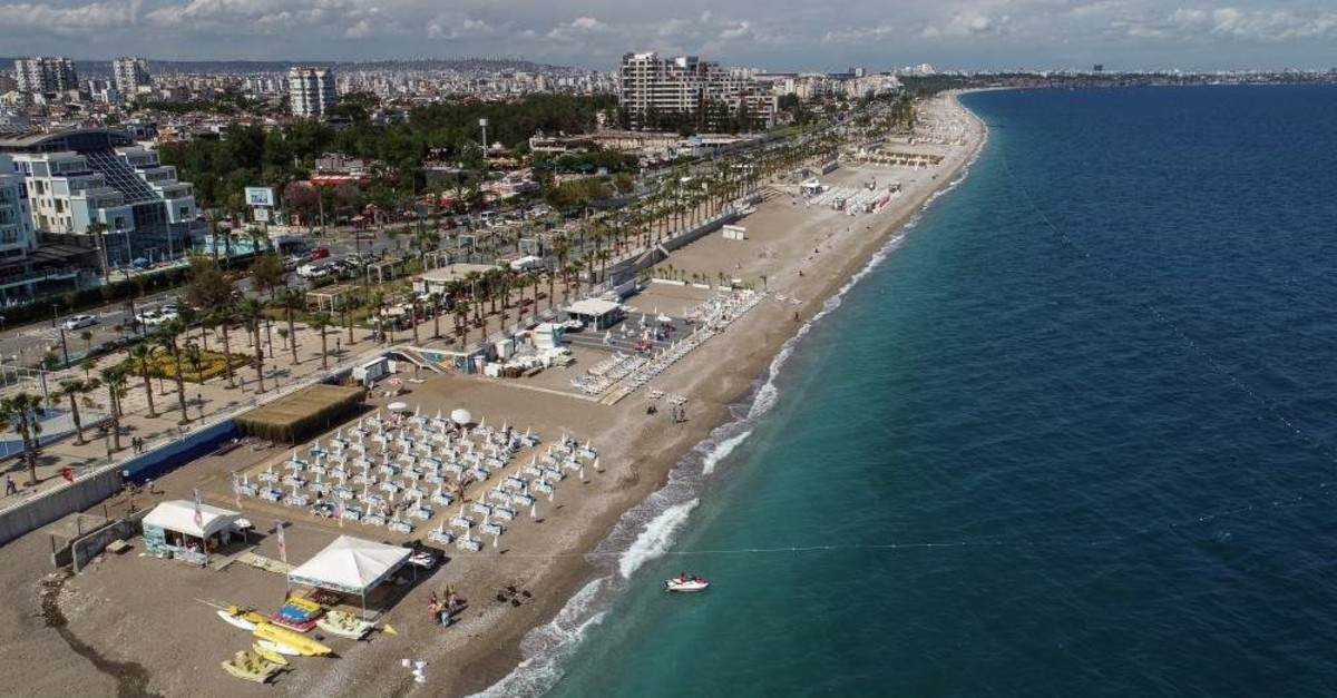 As Turkey's top tourism resort, Antalya's German market continues to grow as more visitors from the country enjoy the natural and historical richness of the Mediterranean coastal province. (AA Photo)