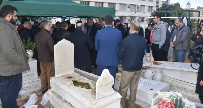 بيروت.. تشيع جنازة بيلون هانم سلطان آخر أفراد العائلة العثمانية التي نفيت من تركيا