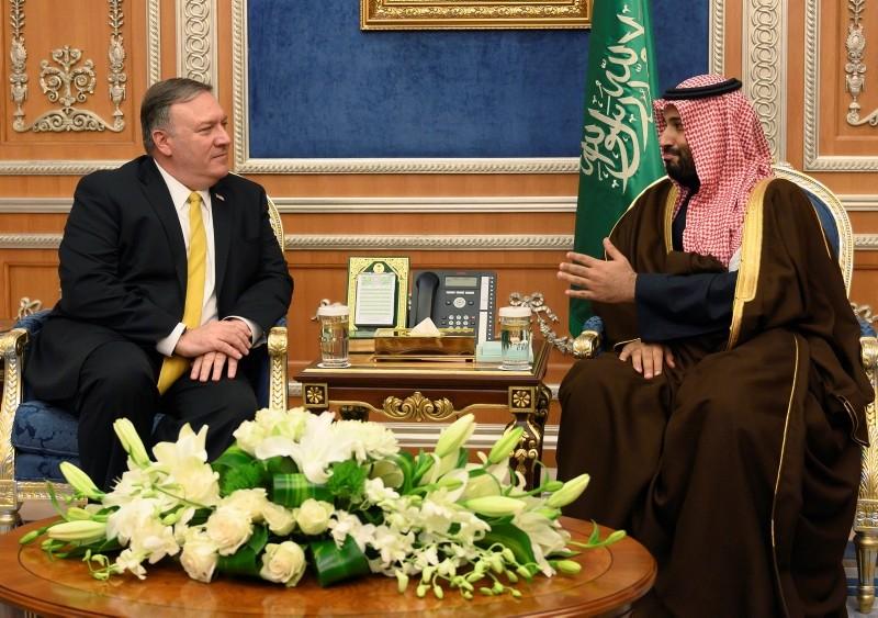 U.S. Secretary of State Mike Pompeo (L) meets with Saudi Crown Prince Mohammed bin Salman in Riyadh, Saudi Arabia January 14, 2019. (Reuters Photo)