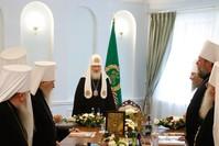 رئيس الكنيسة الروسية الأرثوذكسية مترأساً اجتماعا في موسكو (من الأرشيف)