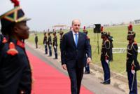قورتولموش يزور جمهورية الكونغو لبحث التعاون الاقتصادي