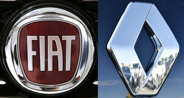 This combination of pictures created on May 26, 2019 shows the logo of Italian auto maker Fiat (L) (FCA) on January 12, 2017 in Saluzzo, near Turin. And the logo of carmaker Renault in Saint-Herblain, western France, on January 15, 2016 (AFP Photo)
