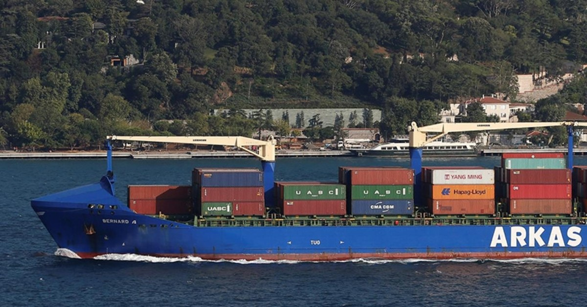 Turkish-flagged container ship Bernard A of Arkas Holding sails in the Bosphorus, on its way to the Black Sea, in Istanbul, Turkey July 24, 2018 (Reuters File Photo)