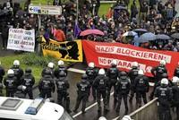 Begleitet von Protesten und einem Großeinsatz der Polizei hat der AfD-Bundesparteitag in Köln begonnen. Rund 600 Delegierte wollen das Wahlprogramm für die Bundestagswahl verabschieden.  Im...