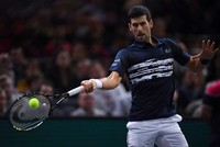 Djokovic begins challenge for year-end No. 1 at ATP Finals