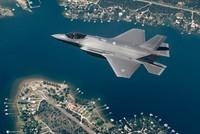 Honeypot hacker steals F-35 secrets on Tinder: report