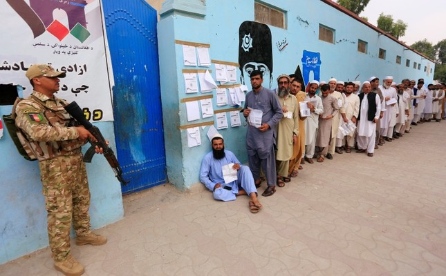 Afghanistan votes in presidential elections amid violence, Taliban threats