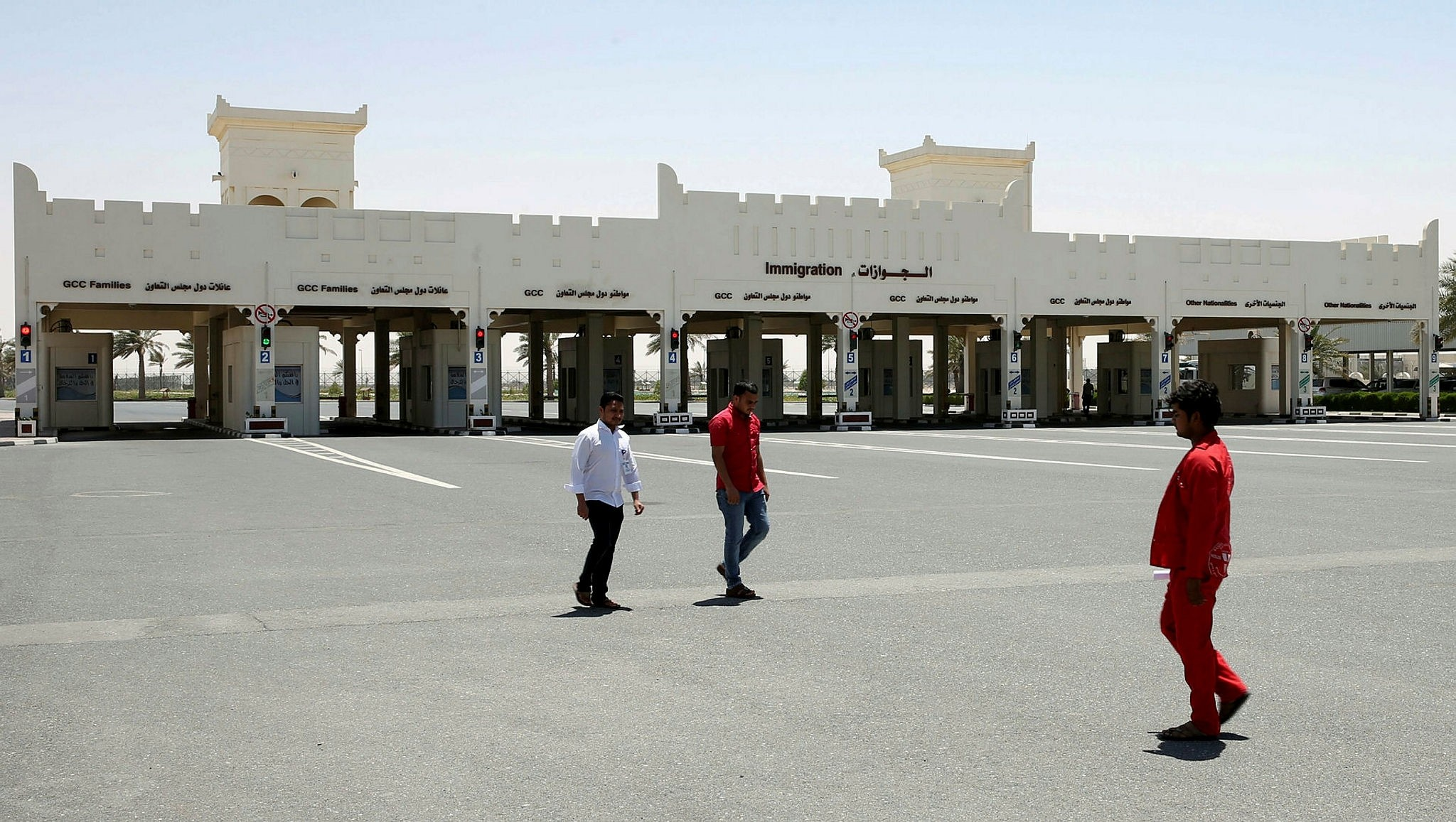 A picture shows the Qatari side of the Salwa border crossing between Saudi Arabia and Qatar, on June 20, 2017. (AFP Photo)