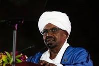 البشير في كلمته خلال احتفالات ذكرى الاستقلال (رويترز)