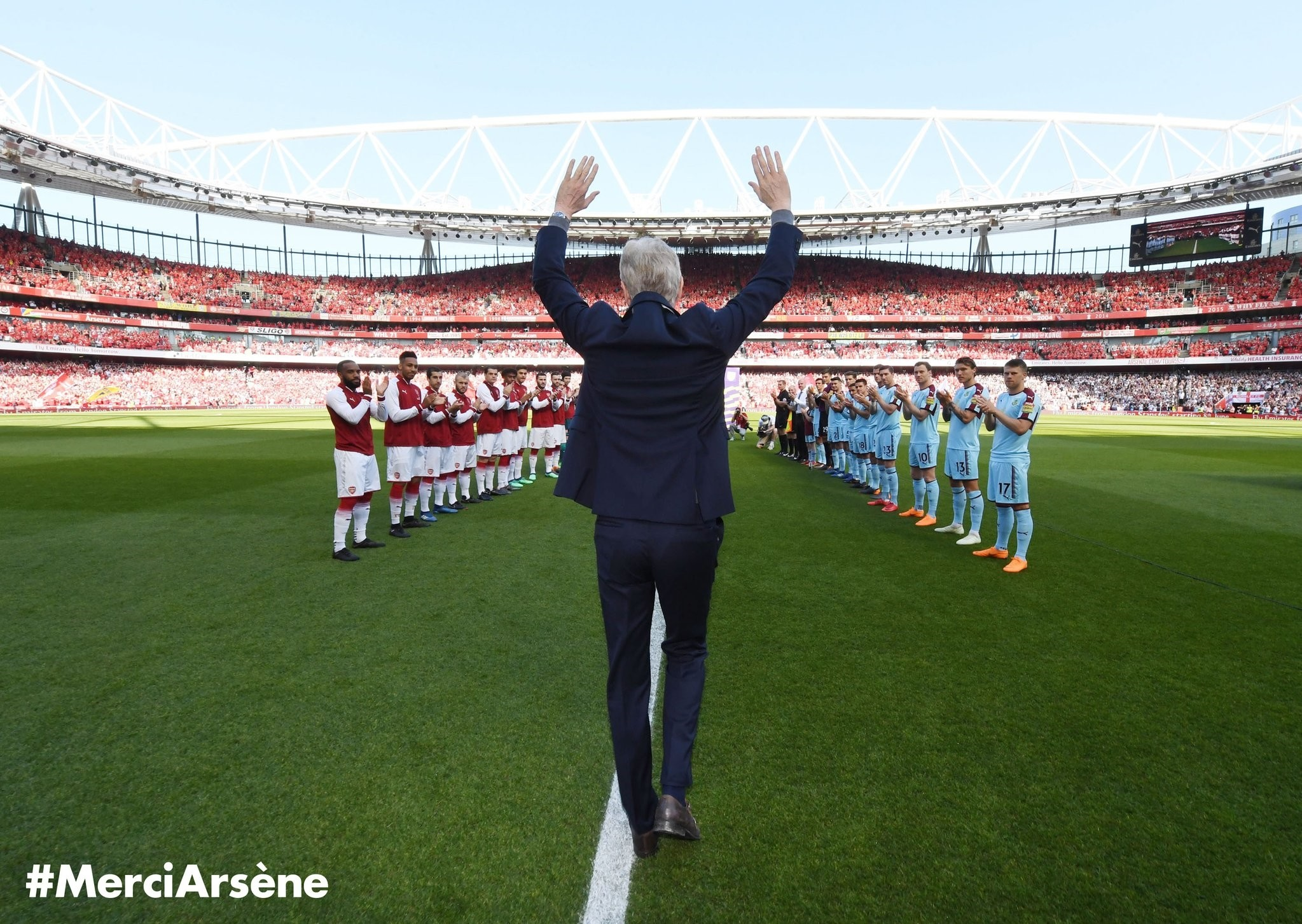 Source: Twitter/@Arsenal