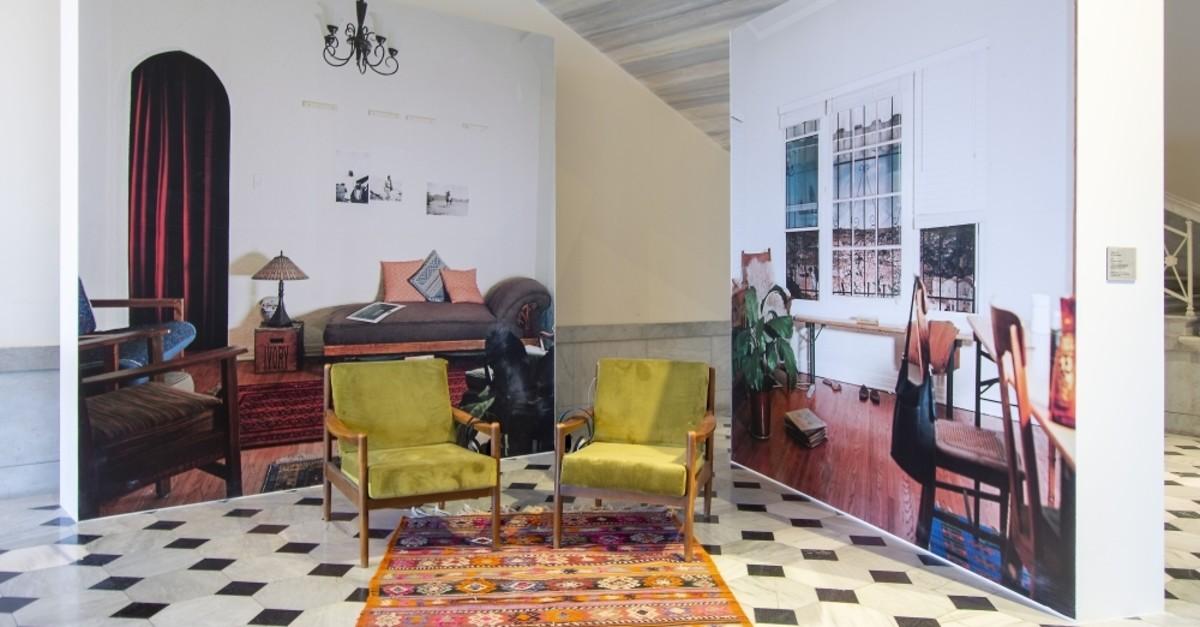 u201cTrompe lu2019Oeilu201d is a mise-en-scu00e8ne of Alsharifu2019s once-living room in California. (Courtesy of SALT Online)