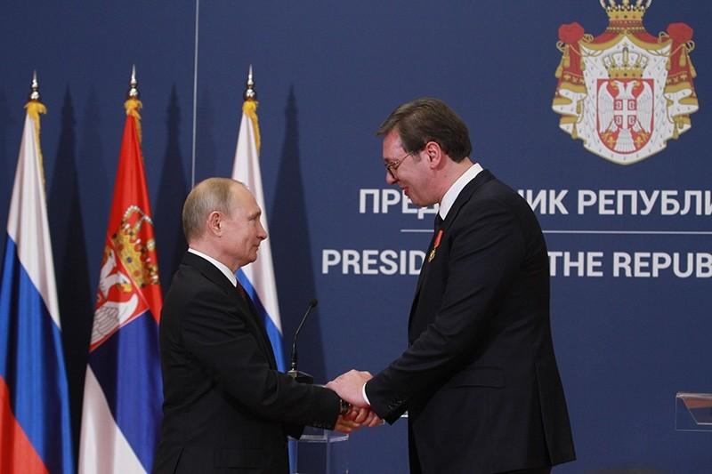 Russian President Vladimir Putin (L) and Serbian President Aleksandar Vucic (R) at a news conference in Belgrade, Serbia, Jan. 17, 2019. (AA Photo)