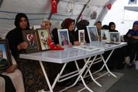 European Turks show solidarity with Kurdish mothers protesting PKK