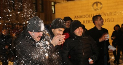 Turkish rector joins snowball fight with students
