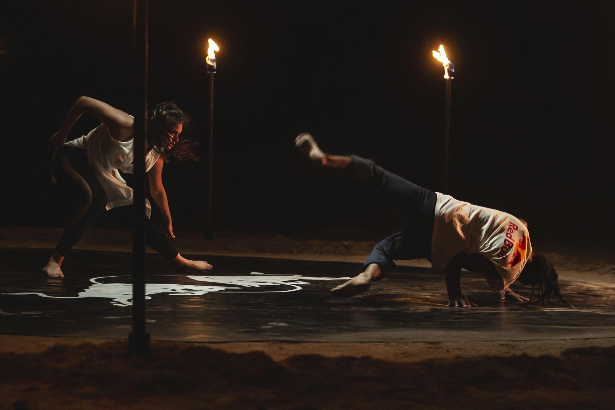 A scene from the u201cFour Seasonsu201d dance show, directed by Yaman Okur.